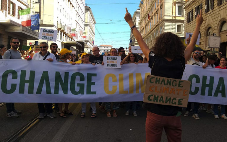 YOUth Climate Week: un'ora al giorno per il clima