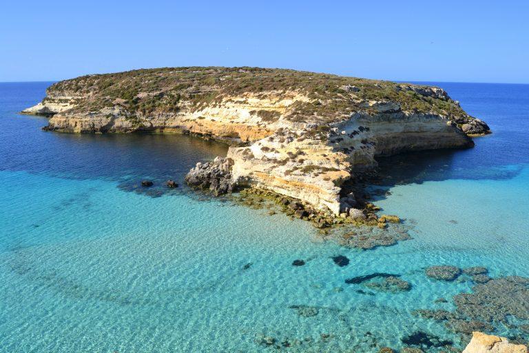 #Riservedisorprese: viaggio a Lampedusa, oasi di unicità e magia